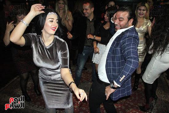 وصلة رقص بين صوفينار وعمرو الجزار