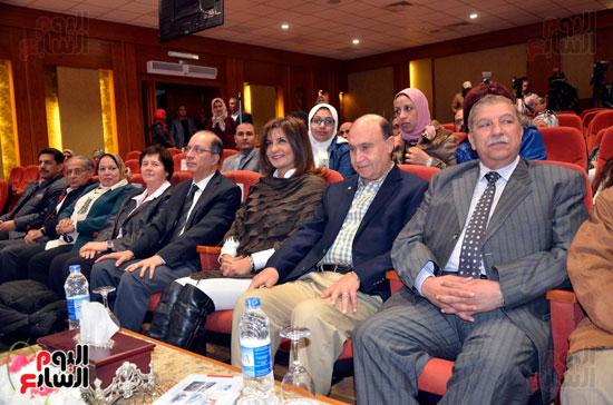 """وفد من علماء مؤتمر """" مصر تستطيع""""  يناقش تطوير مشروعات قناة السويس"""