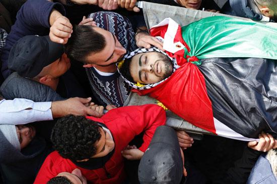 تشيع جثمان الشاب الفلسطينى أحمد الخروبى الذى قتلته قوات الاحتلال برام الله