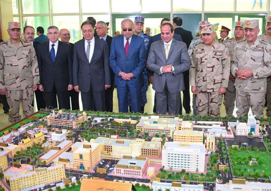 الرئيس المصري يفتتح المرحلة الرابعة لتطوير المجمع الطبي بكوبري القبة