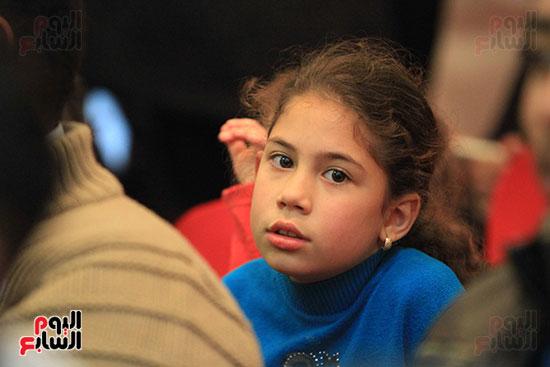 أحد الأطفال فى المؤتمر الختامى لحزب مستقبل وطن