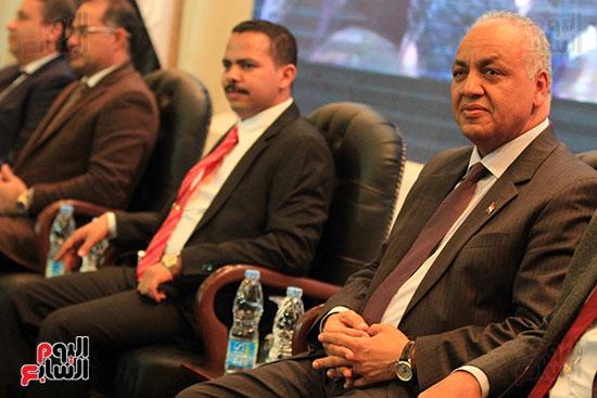 النائب مصطفى بكرى والمهندس أشرف رشاد رئيس حزب مستقبل وطن