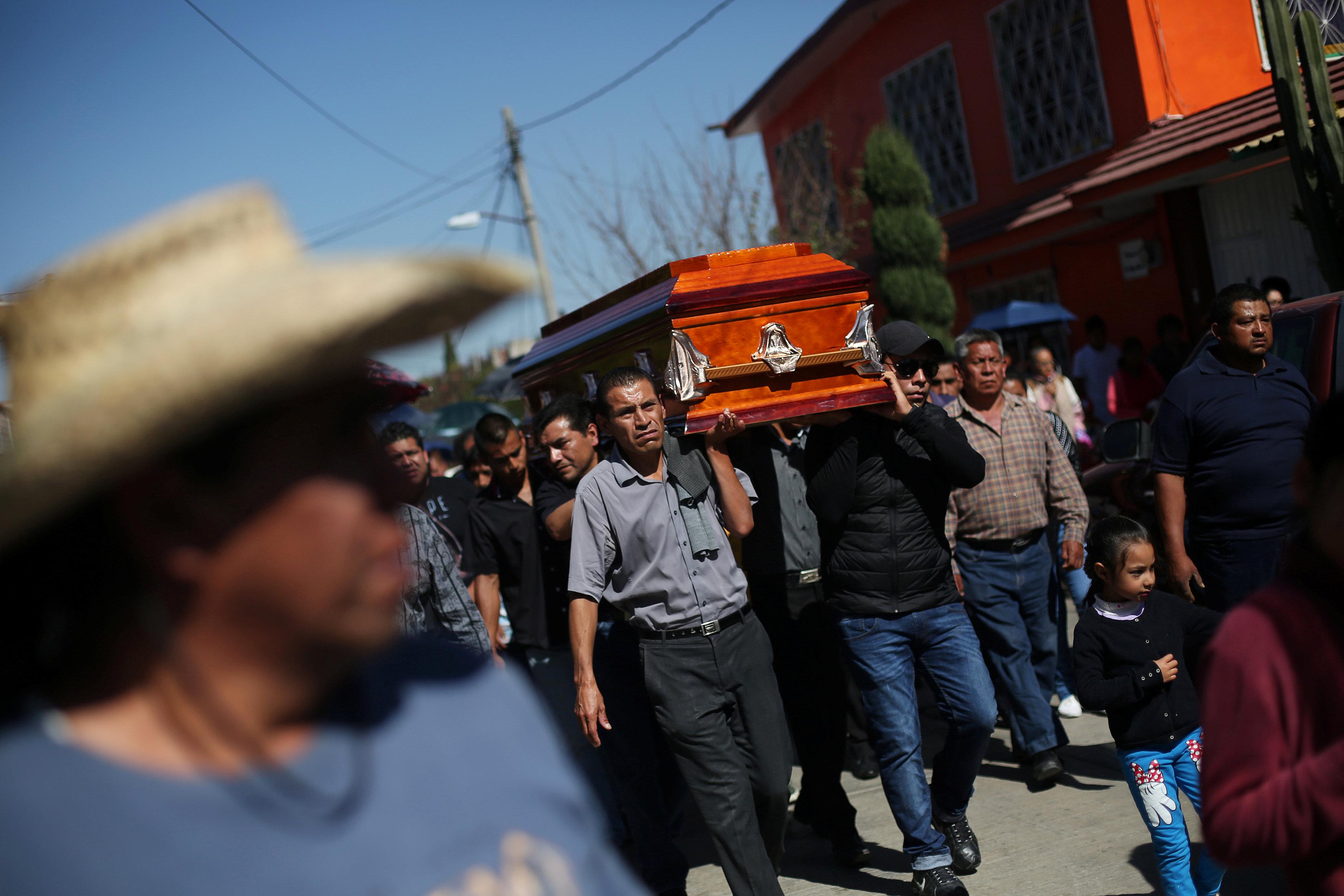 تشييع ضحايا انفجار المكسيك