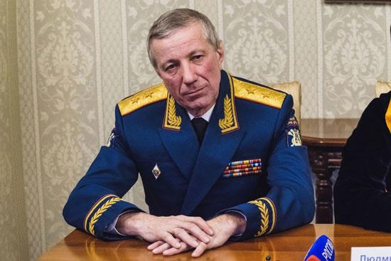 فاليرى-خليلوف-رئيس-الفرقة