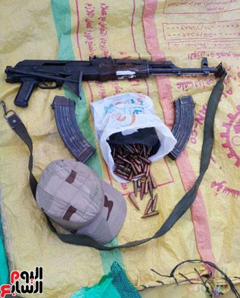 بندقية آلية وطلقات