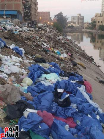 جانب من النفايات