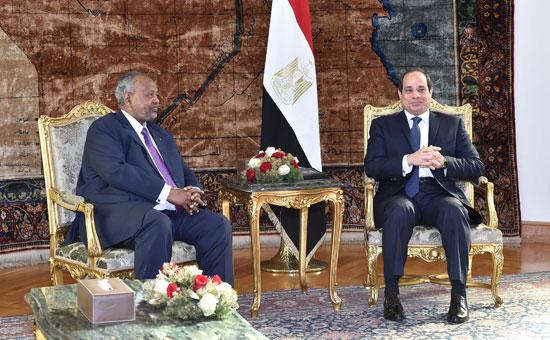الرئيس عبد الفتاح السيسي، وإسماعيل عُمر جيلة رئيس جيبوتى (7)