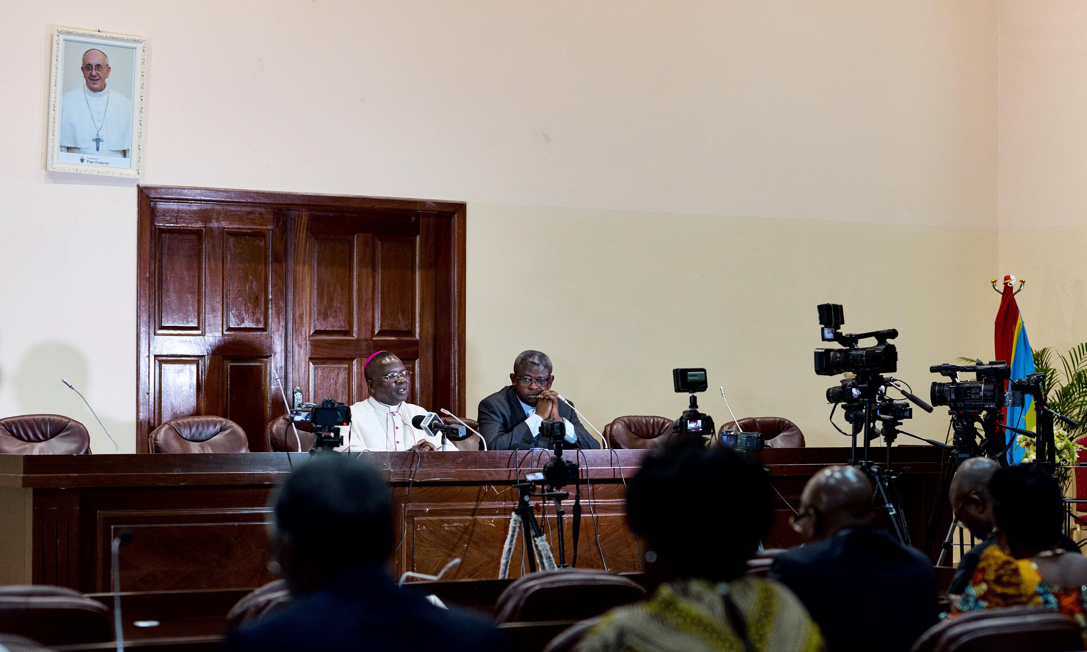 مشاورات فى مقر الاسقفيه الكونغوليه فى كينشاسا لبحث الازمه السياسيه - أ ف ب (1)