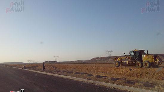 اعمال تطوير الطرق بوسط سيناء