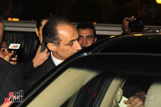 جمال وعلاء مبارك فى عزاء زوجة محمد صبحى (4)