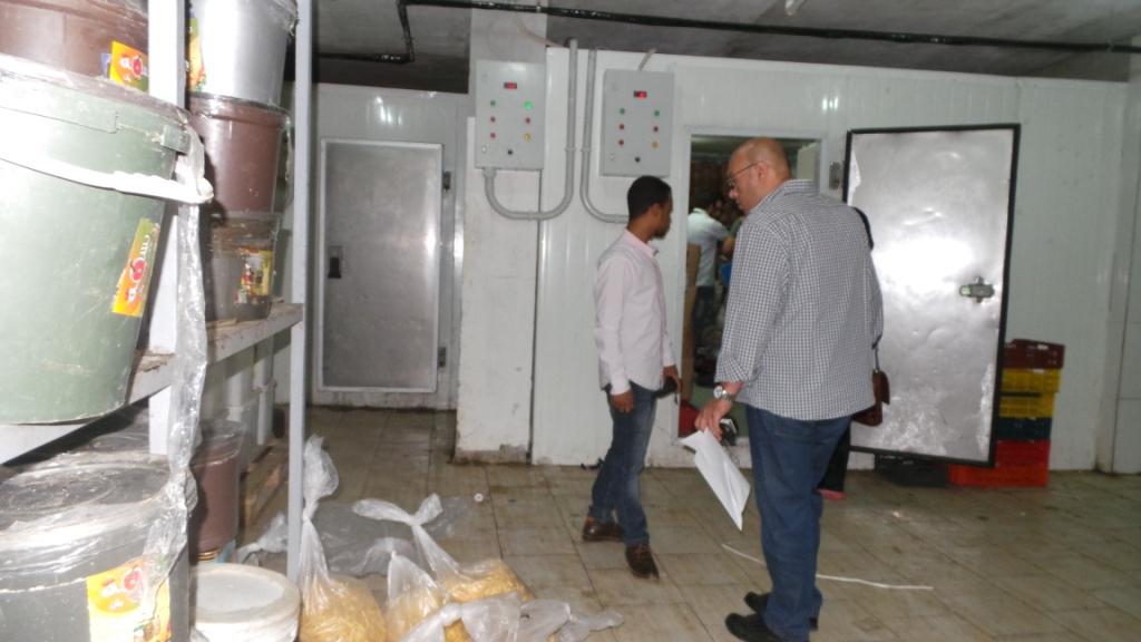 حملة للرقابة الإدارية على المجمعات الاستهلاكية في أسوان (صور)