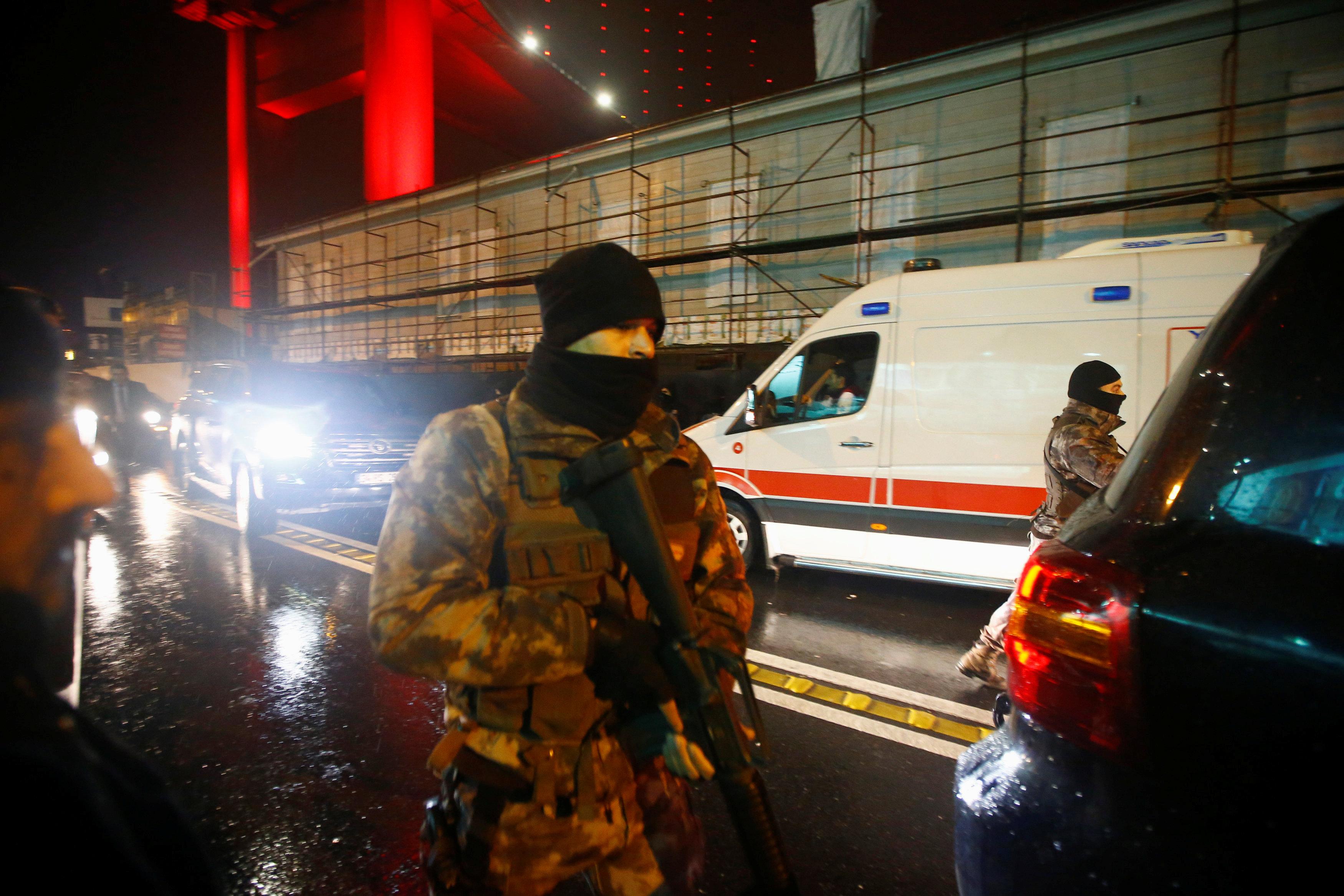 السلطات التركية باسطنبول