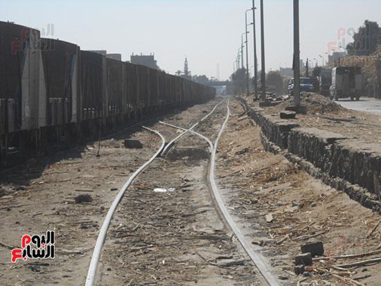 قطارات-القصب-قبل-تشغيل-المصنع