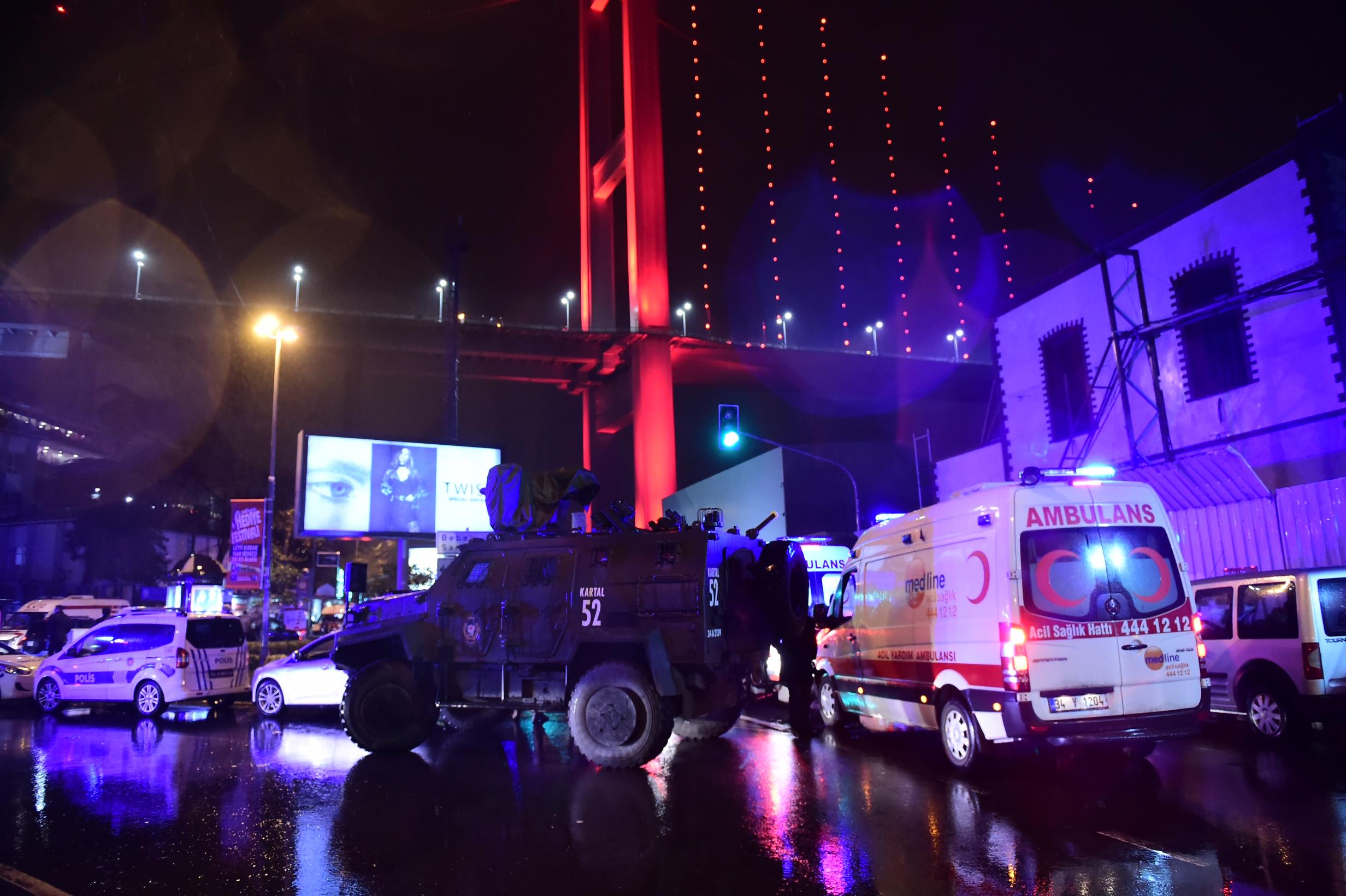 الشرطة التركية تنتشر بالمكان