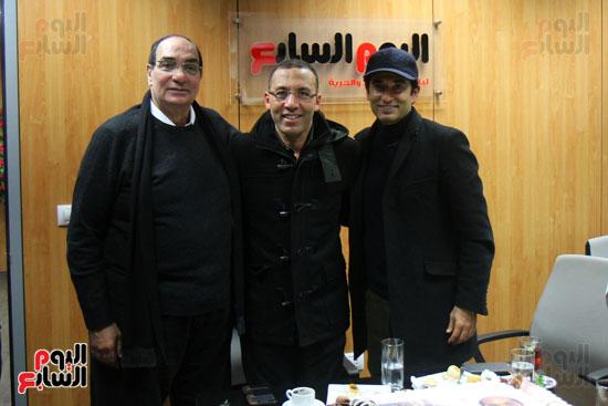 الكاتب الصحفى خالد صلاح رئيس مجلس إدارة وتحرير اليوم السابع والنجم عمرو سعد والمخرج مجدى أحمد على