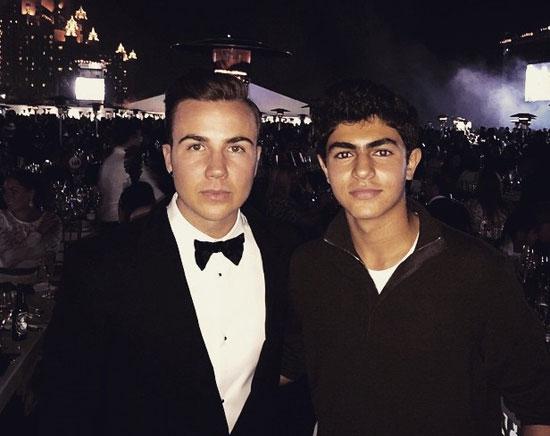 """عمر مبارك مع النجم الألمانى """"جوتزه"""""""