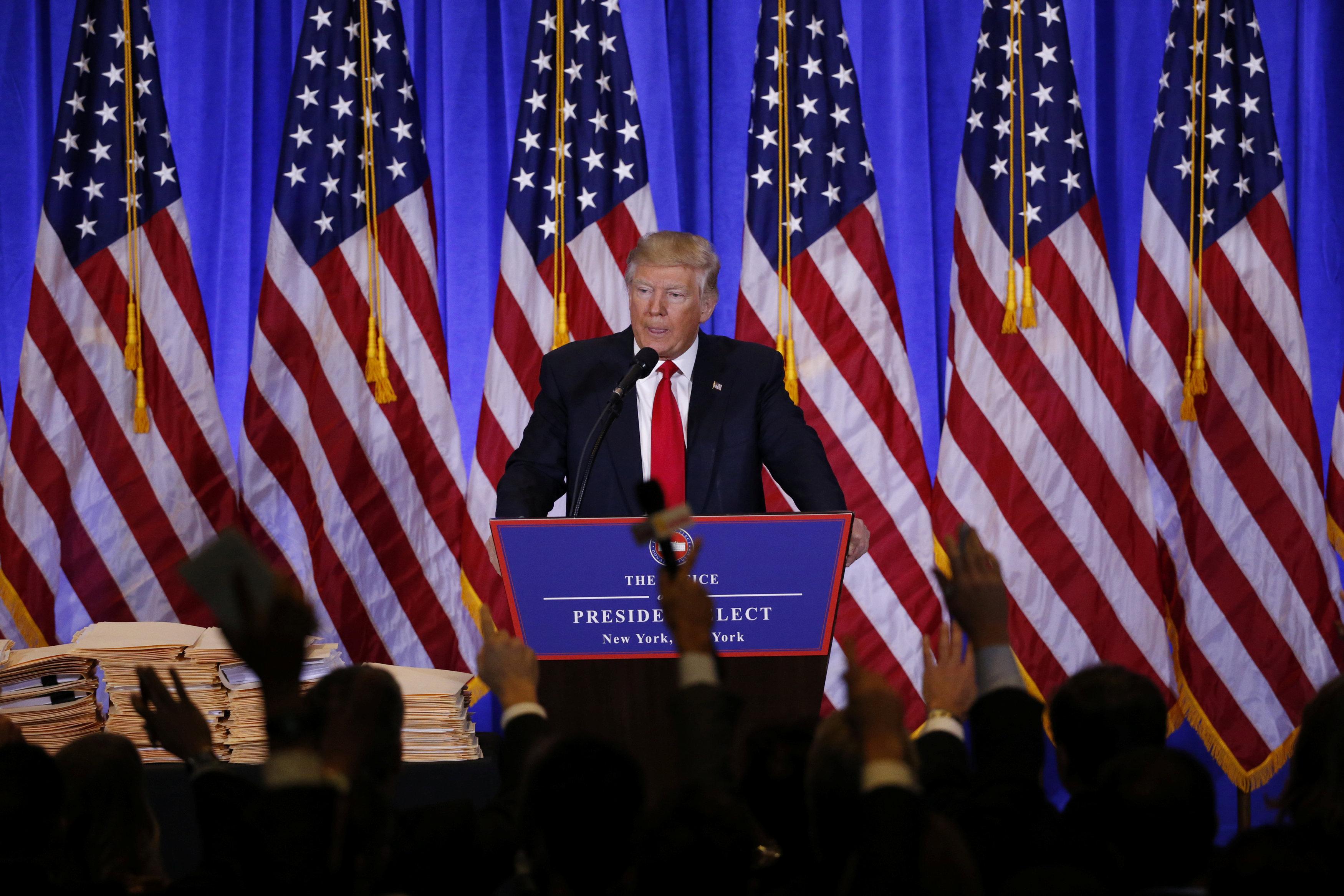 الرئيس الأمريكى المنتخب دونالد ترامب يعقد مؤتمرا صحفيا قبل تنصيبه فى 20 يناير