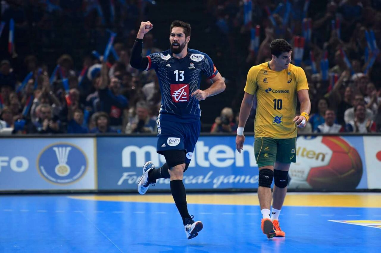 لقطات من مباراة الافتتاح بين فرنسا والبرازيل (1)