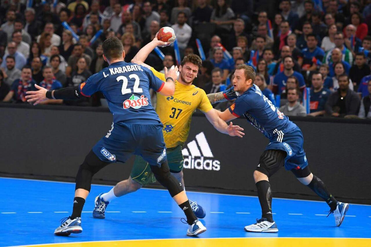 لقطات من مباراة الافتتاح بين فرنسا والبرازيل (5)