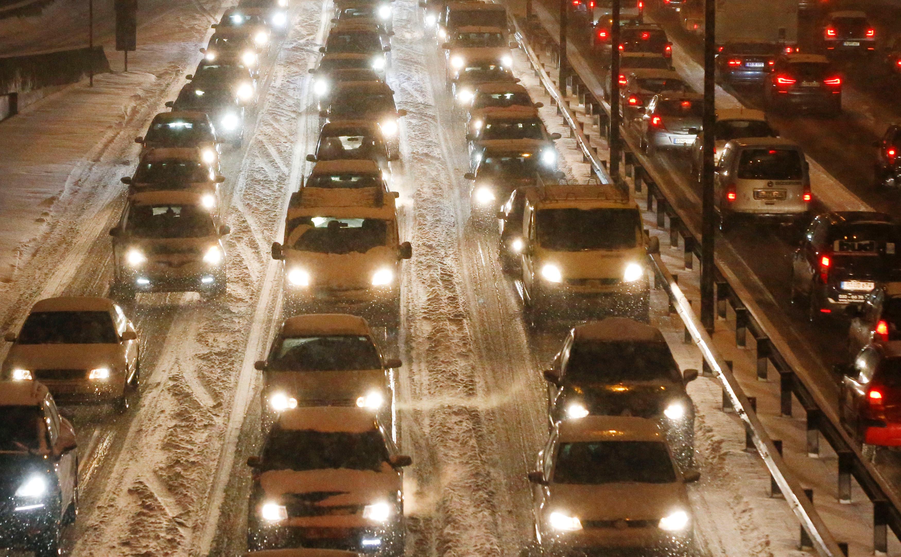 تعطل حركة المرور فى ألمانيا بسبب العاصفة الجليدية