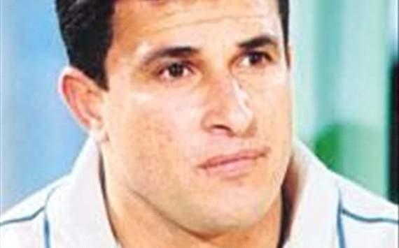أيمن منصور