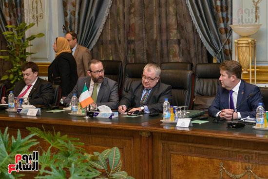 اجتماع الوفد الايرالندي مع البرلمان المصري