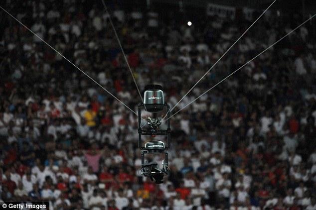 الكاميرا العنكبوتية