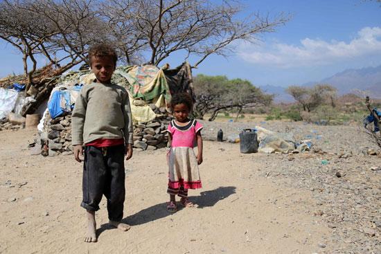 معاناة أطفال تعز اليمنية
