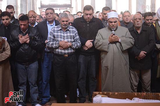 جنازة كريمة مختار (2)