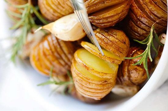 البطاطس بالروزمارى والخل البلسميك  (2)