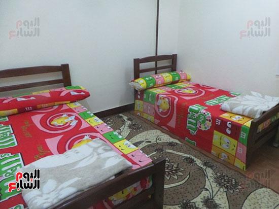 غرفة-بشقة-منى-السيد-بالعصافرة