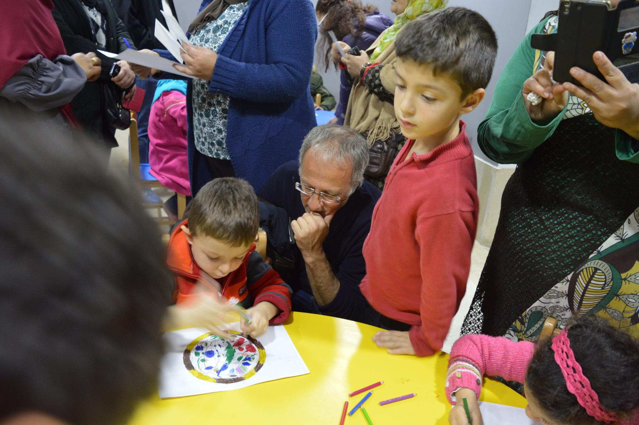 الأطفال بورش الجمى فى الفن الإسلامى