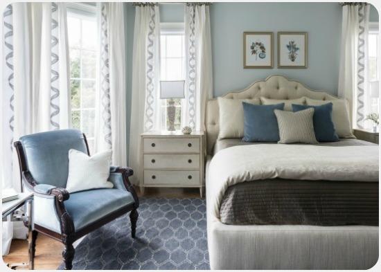 البترولى الداكن والأبيض الكلاسيكى..أبرز ألوان غرف النوم فى 2017