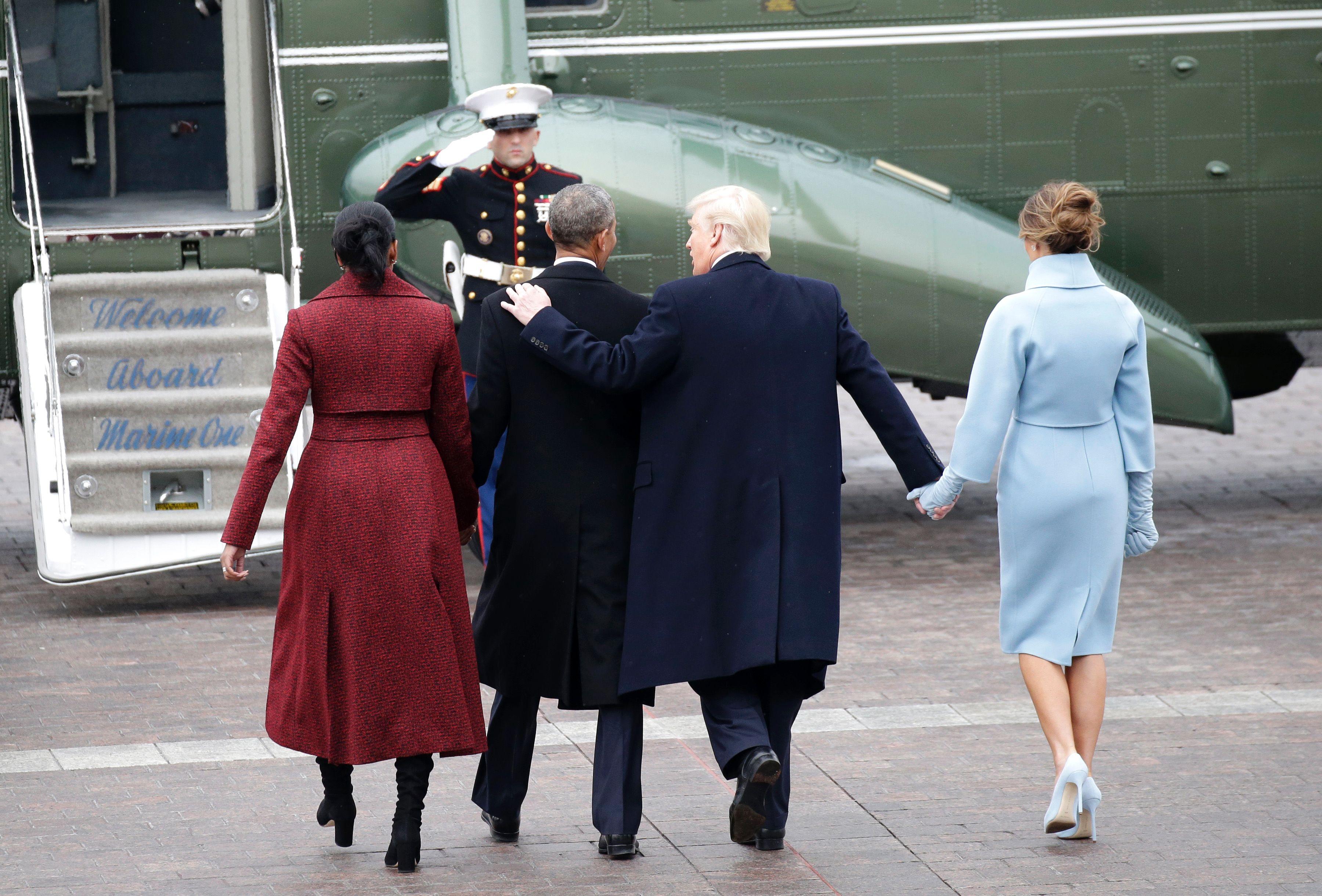 ترامب فى وداع أخير لأوباما بعد اداء اليمين