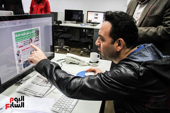 مصطفى قمر داخل حجرة التنفيذ فى الجريدة
