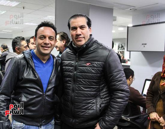 مصطفى قمر مع الزميل عمر الايوبى