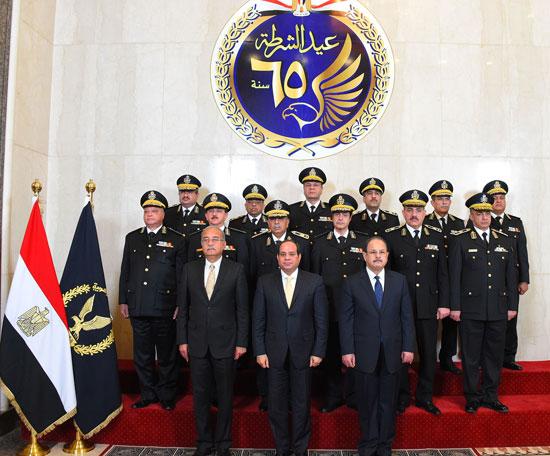 السيسى فى احتفالات عيد الشرطة 65 (8)