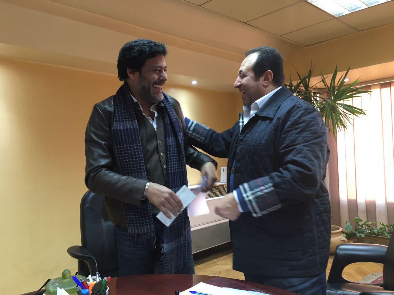 هشام عبد الخالق مع المخرج شوقى المجرى