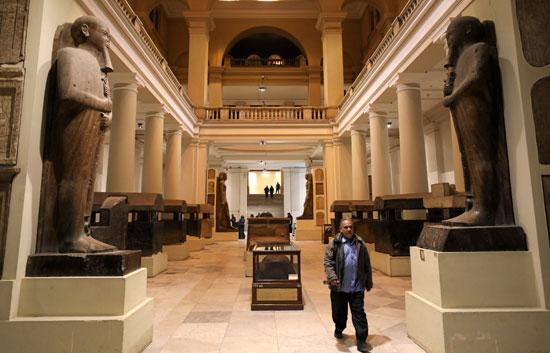 المتحف المصرى من الخارج
