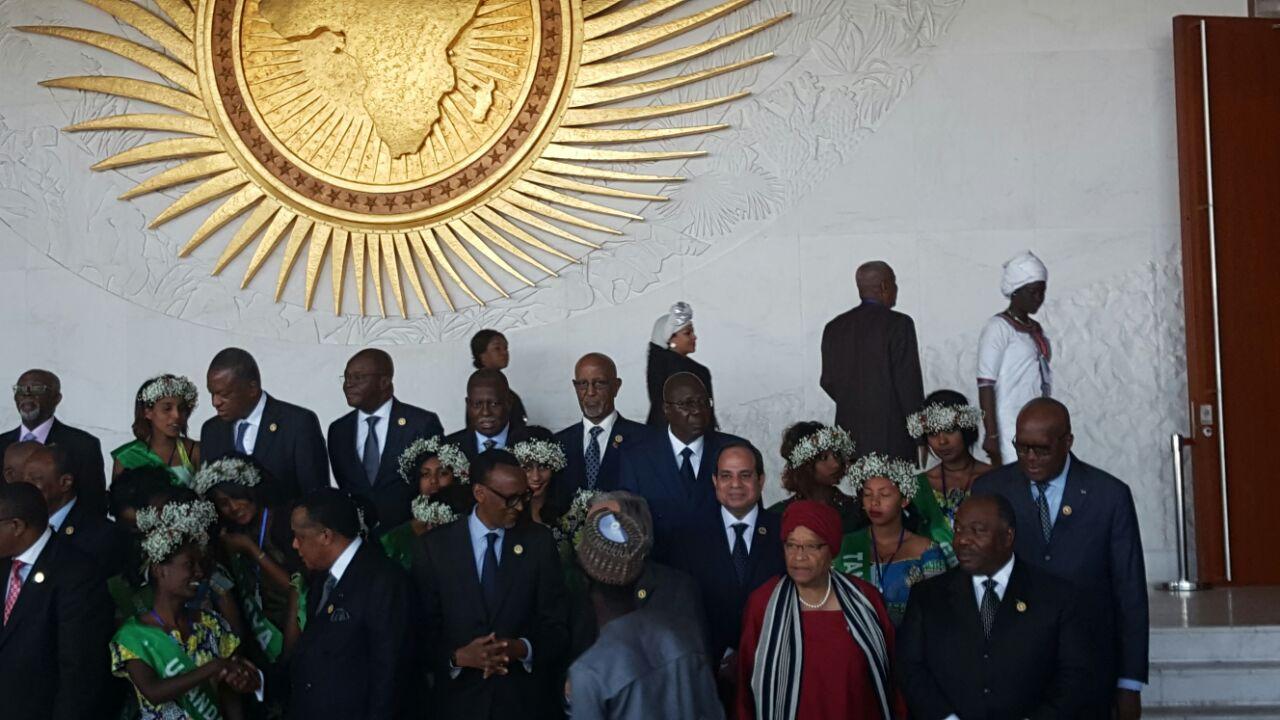 5 السيسي والقادة الأفارقة يلتقطون صورا تذكارية بمقر الاتحاد الأفريقي قبيل الجلسة الافتتاحية للقمة