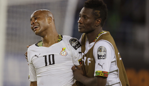 أسامواه جيان نجم غانا يواسى أيو بعد خسارة نهائى 2015