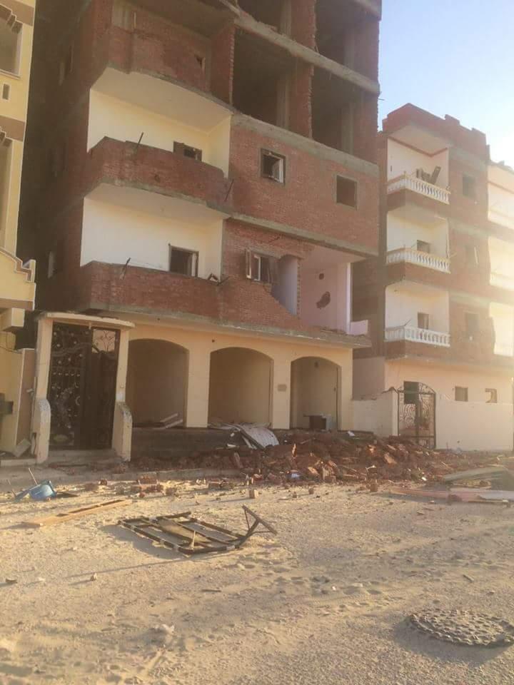 تضرر المنازل من قوة الانفجار (2)