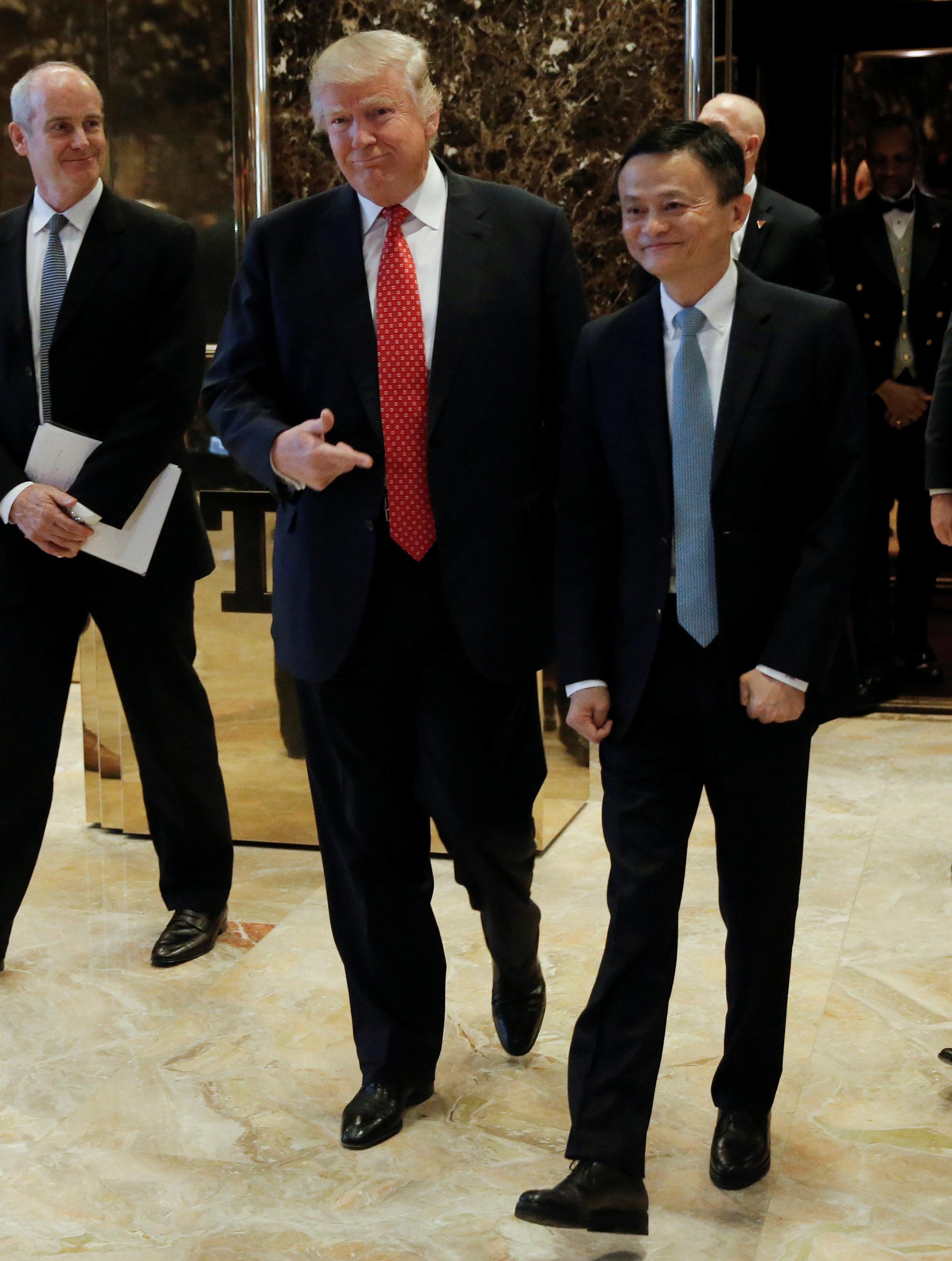 الرئيس الأمريكى المنتخب عقب لقائه بالرئيس التنفيذى لشركة على بابا الصينية