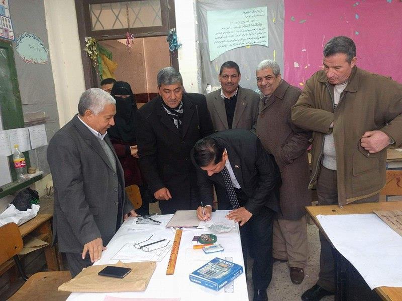4- وكيل وزارة التعليم يتابع أعمال كنترول الصف السادس الإبتدائي بالحامول