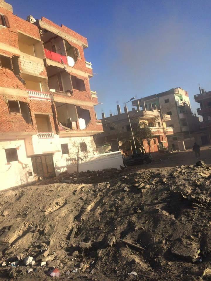 تضرر المنازل من قوة الانفجار (1)