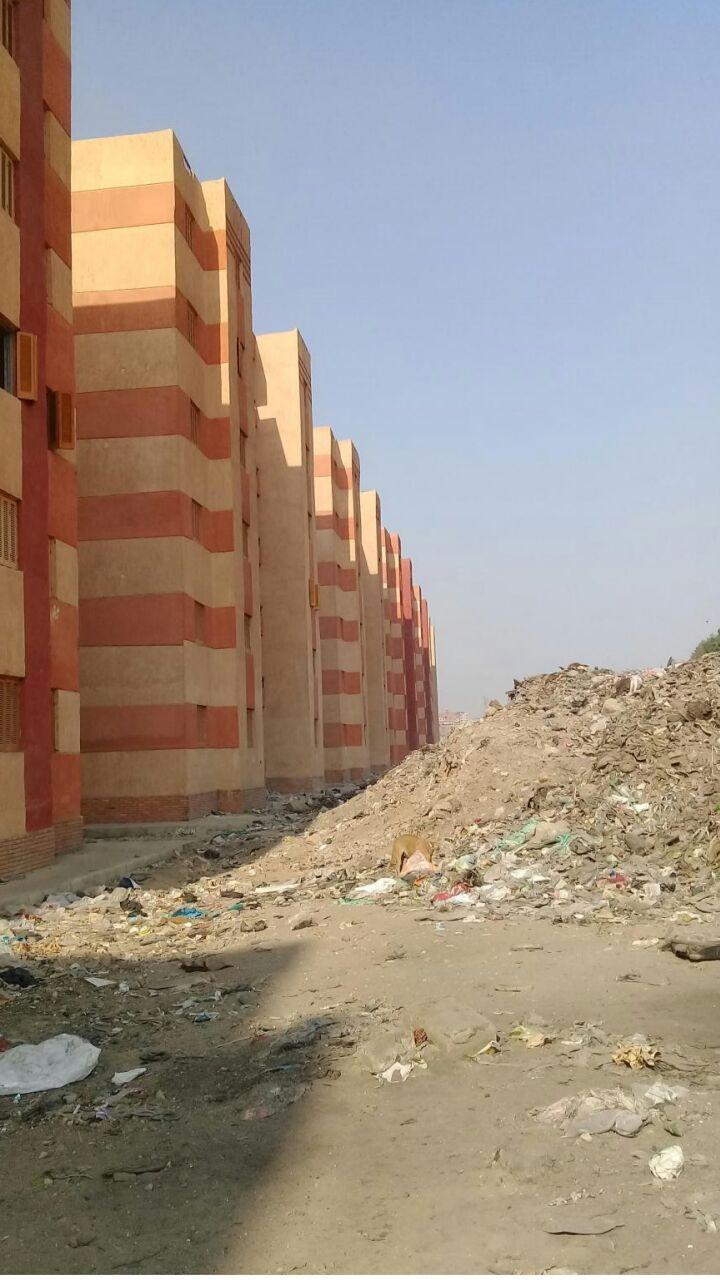 جانب من مخلفات البناء