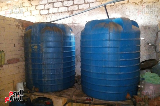 عبوات مقلدة بمصنع بكفر الشيخ