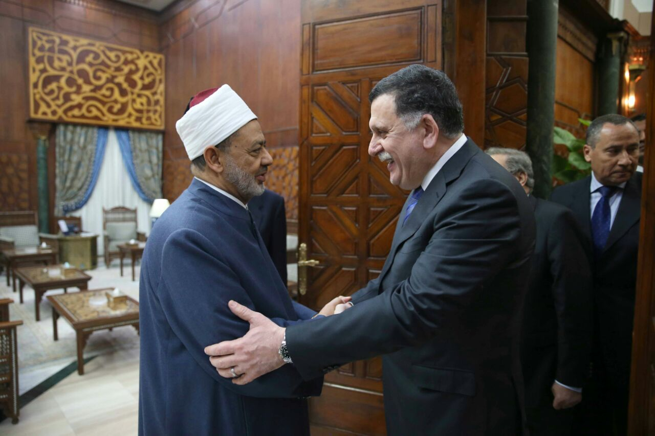 الدكتور احمد شيخ الازهر ورئيس حكومة الوفاق الليبية