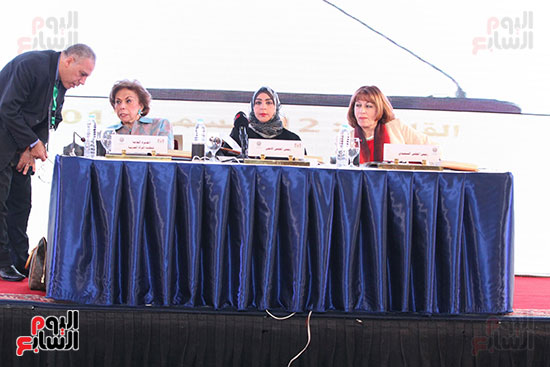 صور الاجتماع الثامن للمجلس الاعلى لمنظمه المرأه العربيه (17)