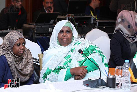 صور الاجتماع الثامن للمجلس الاعلى لمنظمه المرأه العربيه (2)